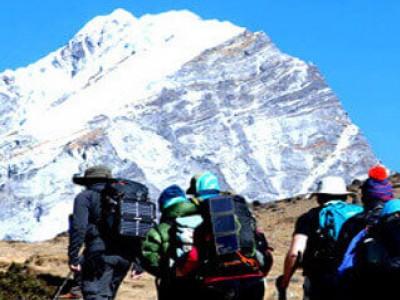 December-trek-Nepal