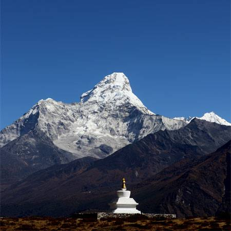 Khumjung Stupa and Amadablam