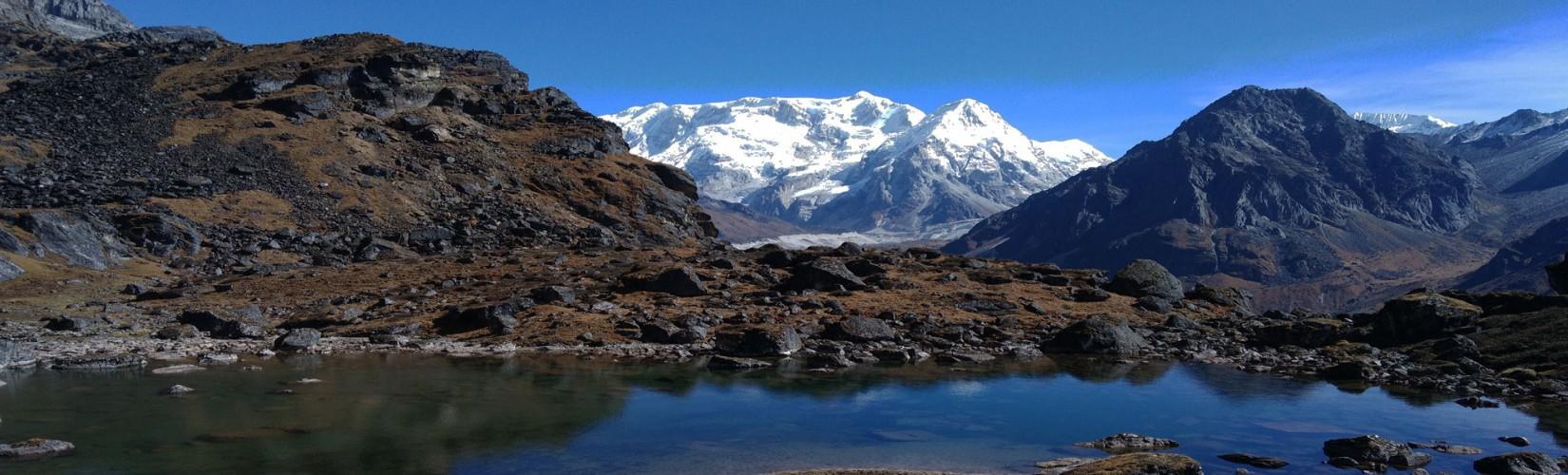 Kanchenjunga, Selele Pass and Lake