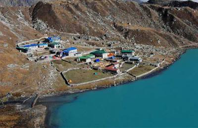 Gokyo lake and village view from way to Gogyo Ri